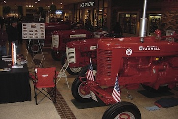 IH Tractor
